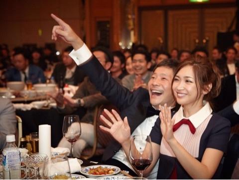 前澤友作 紗栄子 写真