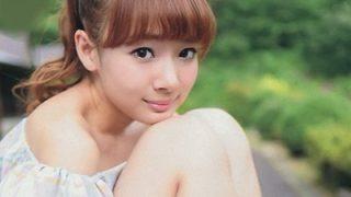 岡田紗佳の写真集はアマゾンで!プロ雀士はハーフ!で中国名の読み方は?