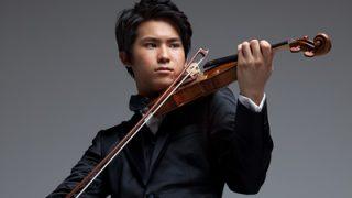 三浦文彰のバイオリンの値段は?父も母もヴァイオリニストで彼女は水野彰子?